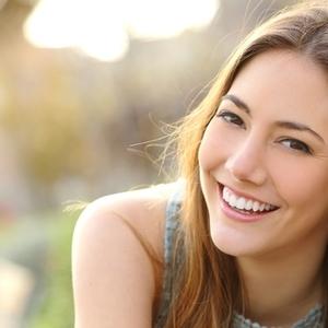 美しい歯は人生も変える!?歯列矯正が今からでも遅くない理由とは
