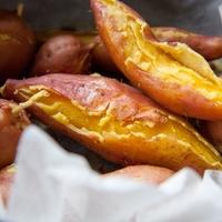 スキレットでもOK♪自宅で簡単にできる「焼き芋」の作り方4つ