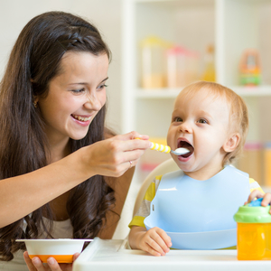 《4yuuu!座談会》悩みだらけ!赤ちゃんの離乳食はどうしてる?