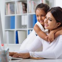 「時短vsフルタイム勤務」育休復帰後のママが満足して働けるのは?