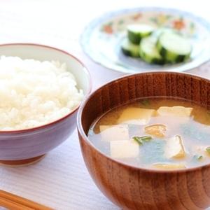古いお米の美味しさが復活!?プロが教える「お米の炊き方」裏技7つ