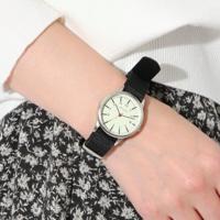 ロゴ入りが人気♡「niko and…」のプチプラ時計がおしゃれ!