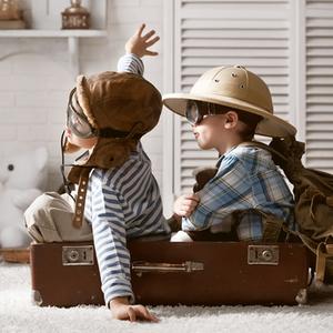 外遊びができない夏の日に…家でも夢中になれる♪子供の室内遊び4選