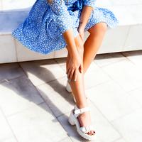 2016年の春はファッションもメイクも「青みカラー」がポイント!