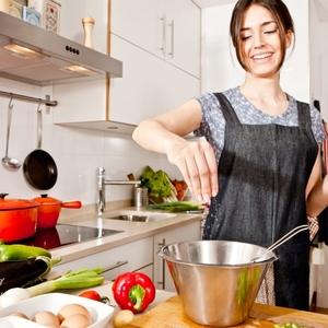 忙しい女性の味方!美味しい料理をお手伝いしてくれる便利な調理器具3選