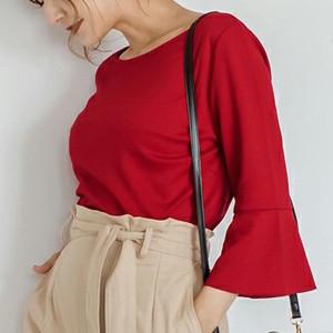 美人ママは知ってる♡オシャレ度を左右する「秋のTシャツの選び方」