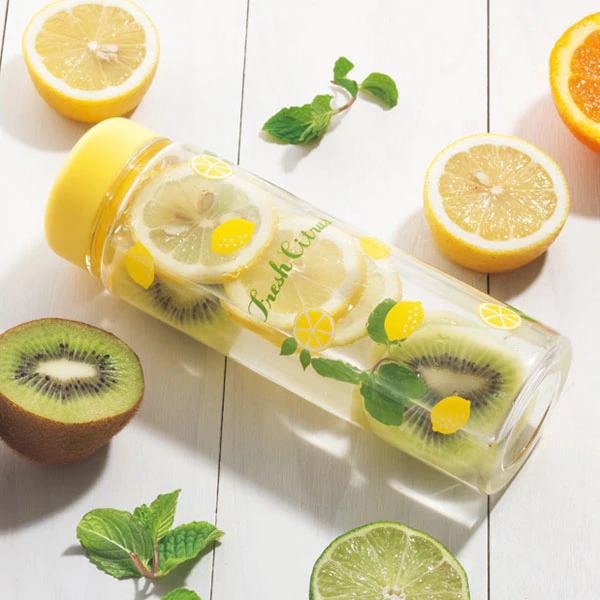 ニトリのレモン柄クリアボトル