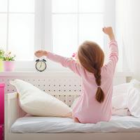 """子どもに早起きの習慣をつけるコツ4つ♡""""イヤイヤ""""の朝が変わる!"""
