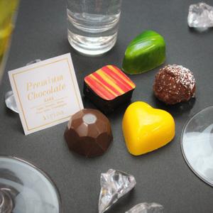お酒好きにはたまらない♡「irina」の贅沢バレンタインチョコレート