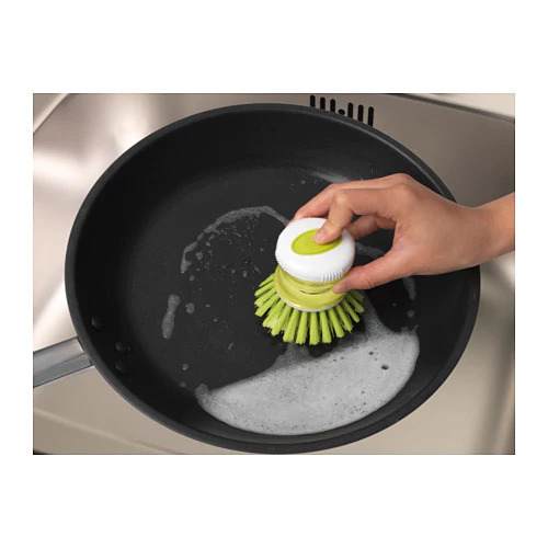 IKEAのディスペンサー付き食器洗いブラシ
