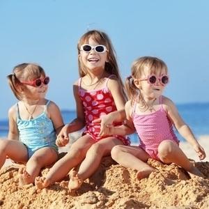 この夏海やプールで大活躍!プチプラで可愛い子供用水着4つ♪