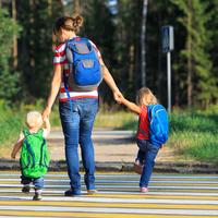 帰宅後の育児がツライ……子供との時間を増やす「手抜き家事」のコツ