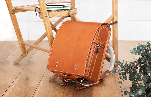 ヌメ革の土屋鞄のランドセル
