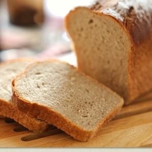 硬くなったパンが復活♪ふわふわなパンに蘇らせるカンタン裏技3つ