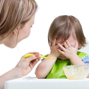 0〜1歳のごはん「食べない」トラブル対処法!こんな時どうする?