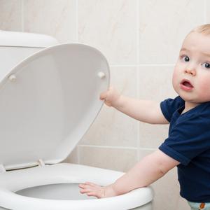 子供の「トイレトレーニング」日中と夜間の違いを知っていますか?