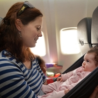 赤ちゃんを連れての飛行機は不安!そんなお悩みを解消するアドバイス
