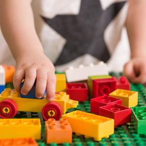 ブロック遊びが知育を育む♡一緒に遊ぶときの声掛けのポイント4つ