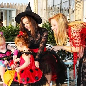 子供と一緒に楽しめる!ママにおすすめのハロウィンコスチューム
