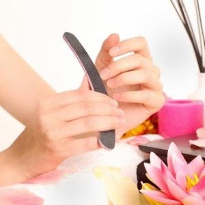 強くて美しい爪を手に入れる♡お家でできる超簡単ネイルケアとは?