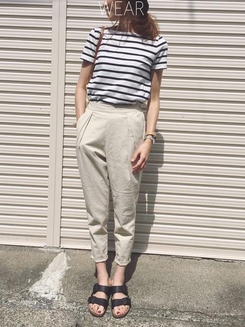 無印良品のボーダートップスで初夏コーデ:細めボーダーTシャツ