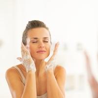 洗うだけでコラーゲンが育つ!「潤肌石鹸」の魅力とは?