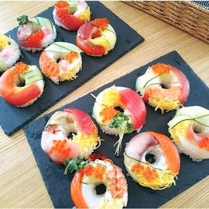 今年流のひな祭りなら♪ちらし寿司をデコった「#ドーナツ寿司」が旬!