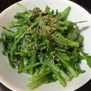 あと1品の簡単レシピ★春菊の韓国風サラダ★