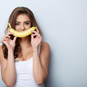 バナナの皮で美肌に!?捨てる前に試してみたい裏ワザ5つ