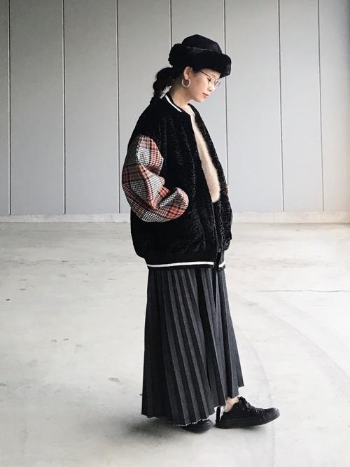 ロングプリーツスカートのコーデ