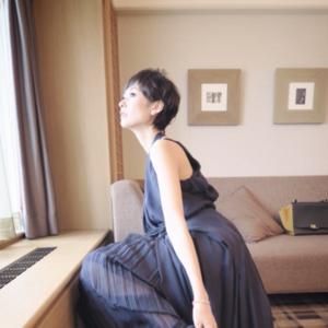 秋の結婚式お呼ばれドレス最前線♡おしゃれ芸能人の着こなし術