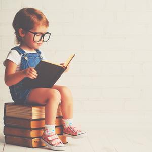 賢い子供をはぐくむ子育ての秘訣とは?親が実践したい4つのこと