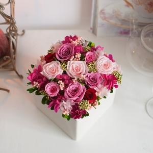 家に花を♪不器用さんでも簡単にできるフラワーアレンジメントのコツ