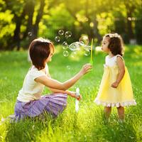 子供が吹いても安心!手作り「ジャンボシャボン玉」で遊ぼう♡