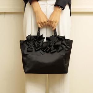 結婚式のお呼ばれに使いたい♡黒のサブバッグ15デザイン!
