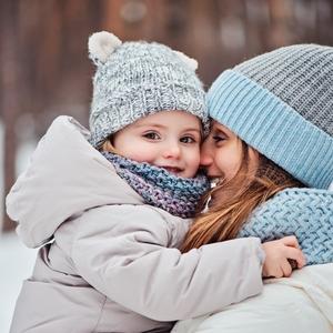 赤ちゃんの冬対策!寒さから守るための大人気アイテム4選