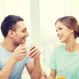 「夫婦の会話が続かない」会話が長続きするコミュニケーション術とは