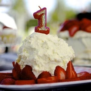 1歳の誕生日に♡海外のヘルシーな「バナナマッシュケーキ」が素敵!