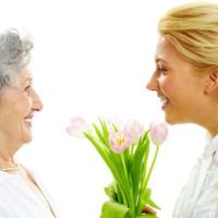 気まずい沈黙を回避!義母と仲良くなれる♡「会話のコツ」って?