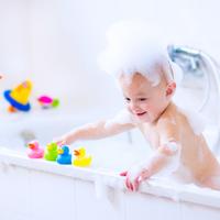コスト0円!お風呂で遊べるおもちゃを手作りしてみよう♡