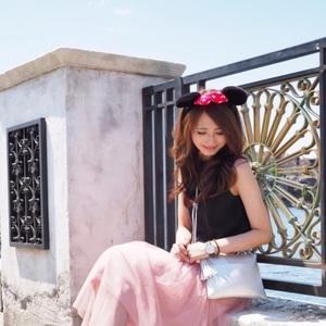 大人女子のためのディズニーファッション♡おすすめアイテムって?