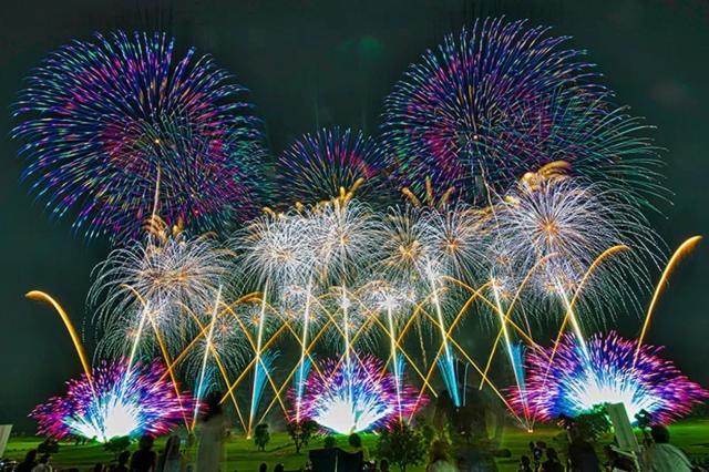 古河花火大会の花火