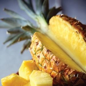 知ってる?夏フルーツの桃・マンゴー・パイナップルの美味しい切り方