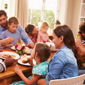 夫の家族との距離感はどれくらいが良いの?義理の兄弟と付き合うコツ