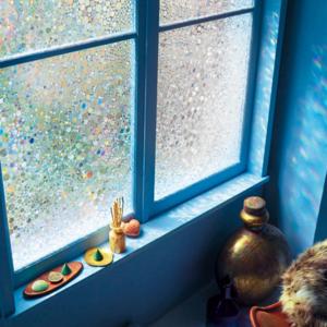 夏の暑さも家具焼けも両方防ぎたい!《窓際の紫外線対策》決定版