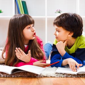 """これって「どもり」?""""吃音症""""の原因と親ができる対処法とは"""