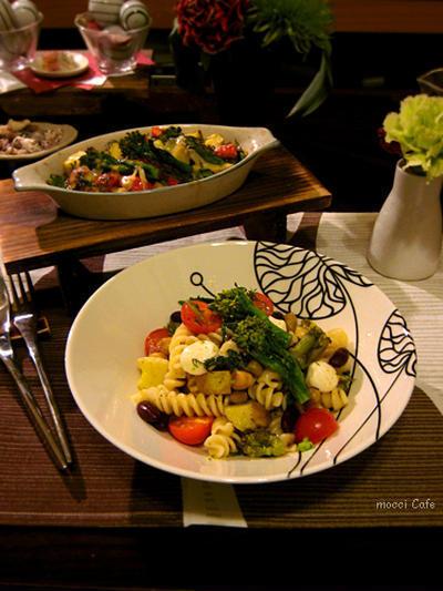 ミックスビーンズと新ジャガと菜の花のサラダ風パスタ