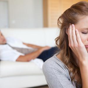 【夫婦のお悩みQ&A】喧嘩で拗ねる夫ときちんと話し合うには?