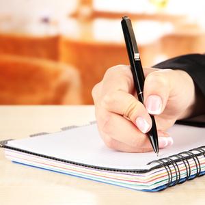楽しくて長続き♪成長とともに変化させる《育児日記》の書き方のコツ