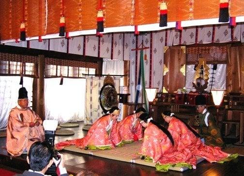 近江神宮のかるた祭